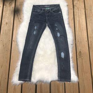 Dollhouse the capri roller jeans